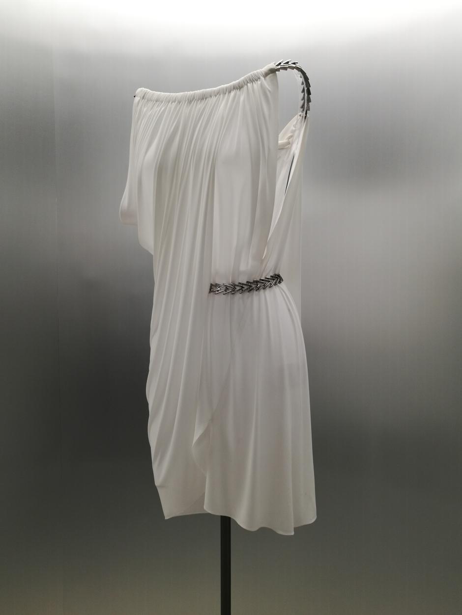 Robe avec drapé