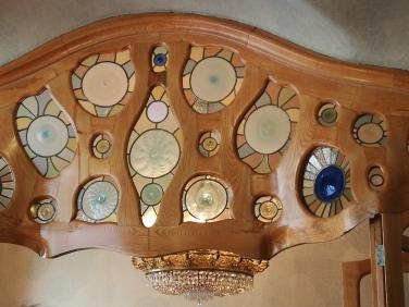 Linteau de porte en bois et verre