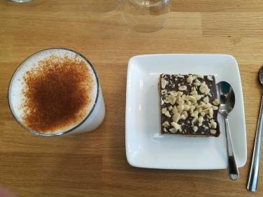 Shortbread au chocolat et aux cacahuètes et chaï